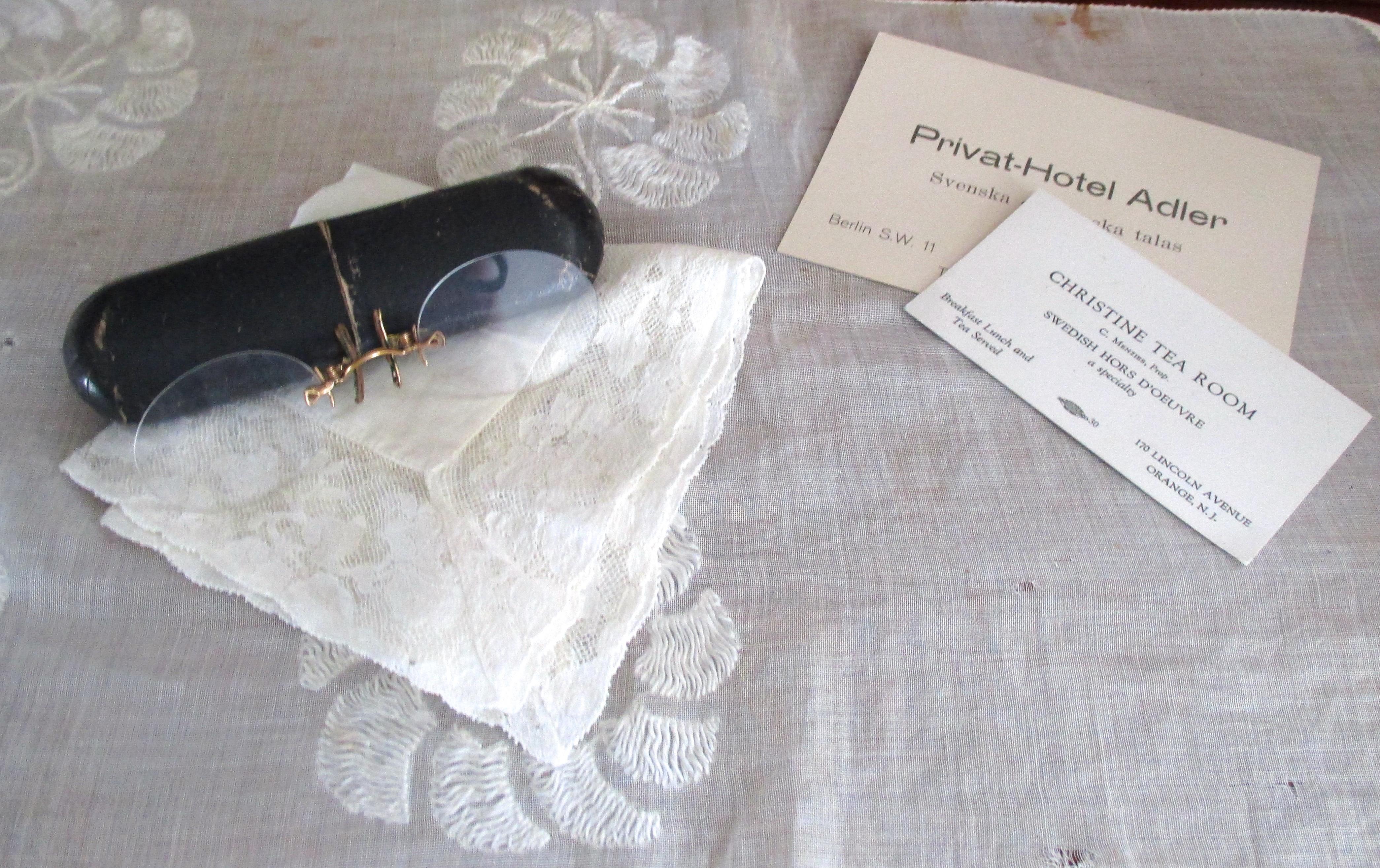 Touko-kesä 2015_Pitsiliina ja lasit