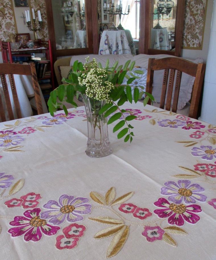 kamarin pöytä kesäliina